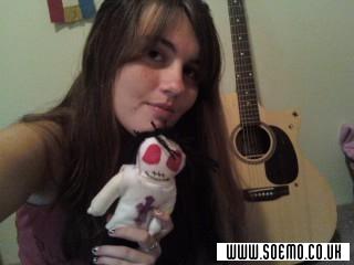 soEmo.co.uk - Emo Kids - MomoSullivan