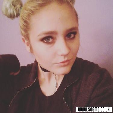 soEmo.co.uk - Emo Kids - hellgirl898